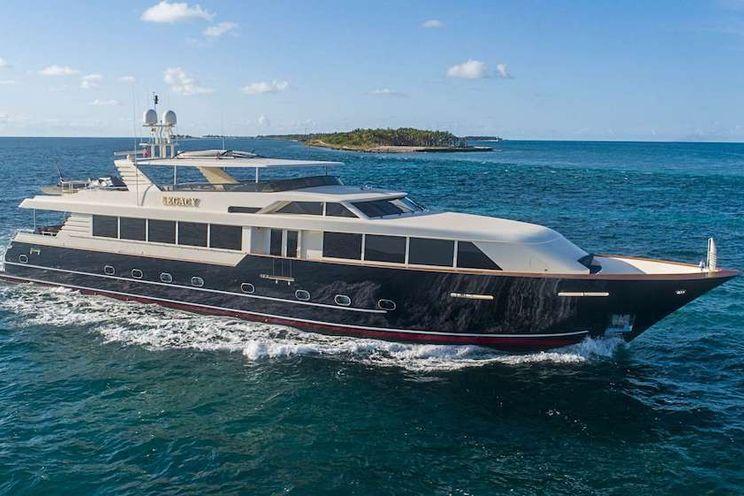 Charter Yacht LEGACY - Broward 118 - 4 Cabins - Florida - Nassau - Bahamas