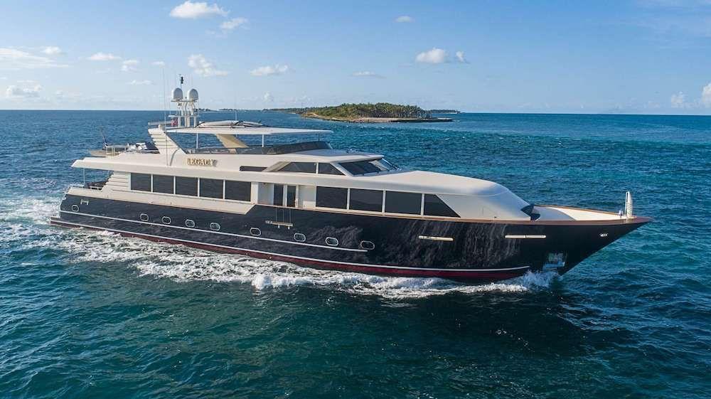 LEGACY - Broward 118 - 4 Cabins - Florida - Nassau - Bahamas