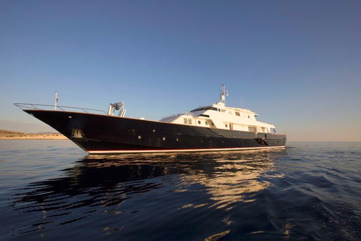 Charter Yacht LIBRA Y - Picchiotti 139 - 5 Cabins - Athens - Mykonos - Greece - Dubrovnik - Croatia