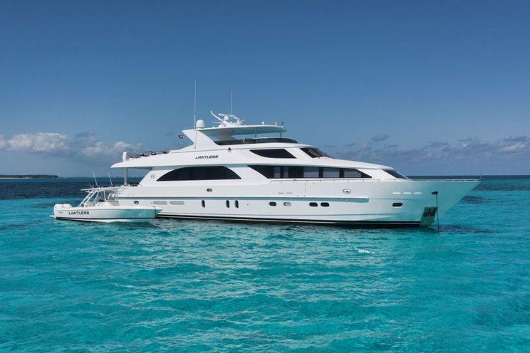 Charter Yacht LIMITLESS - Hargrave 101 - 4 Cabins - Nassau - Exumas - Bahamas