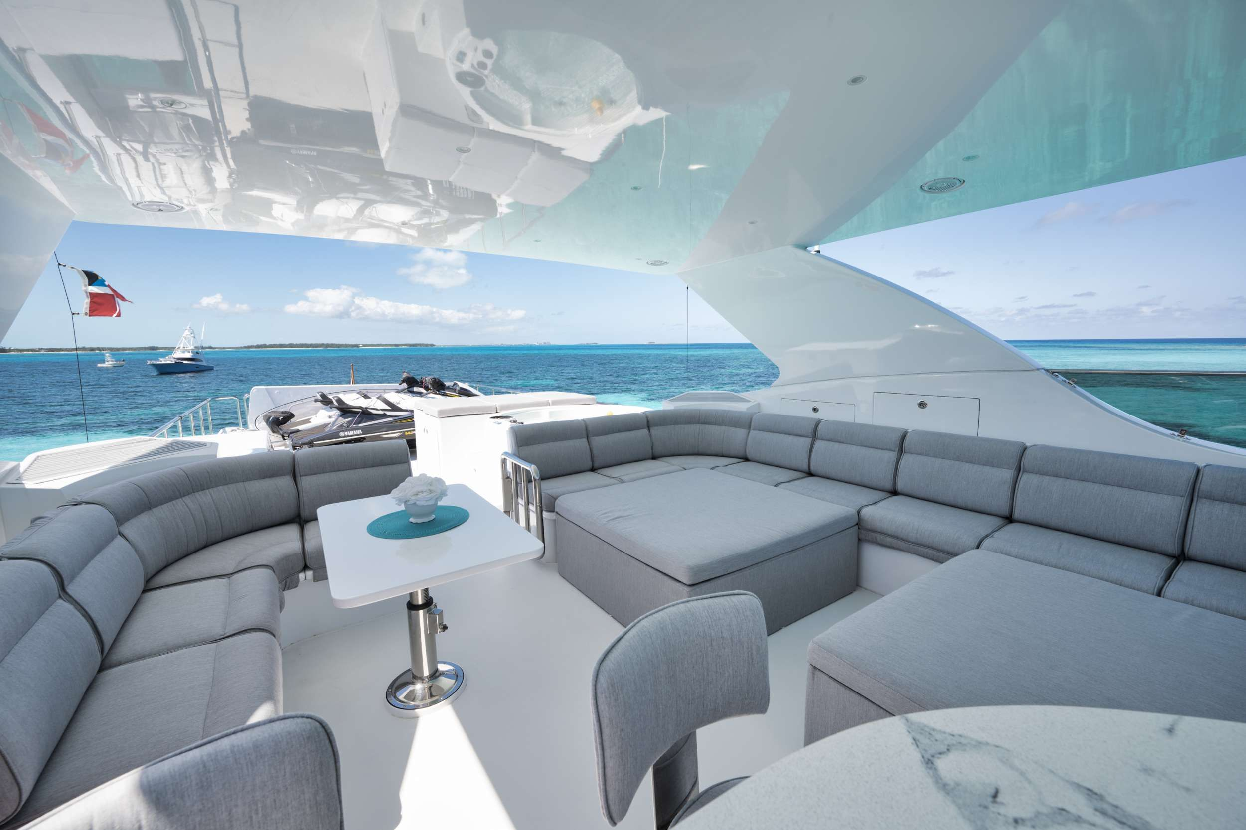 LIMITLESS Crewed Motor Yacht Fly