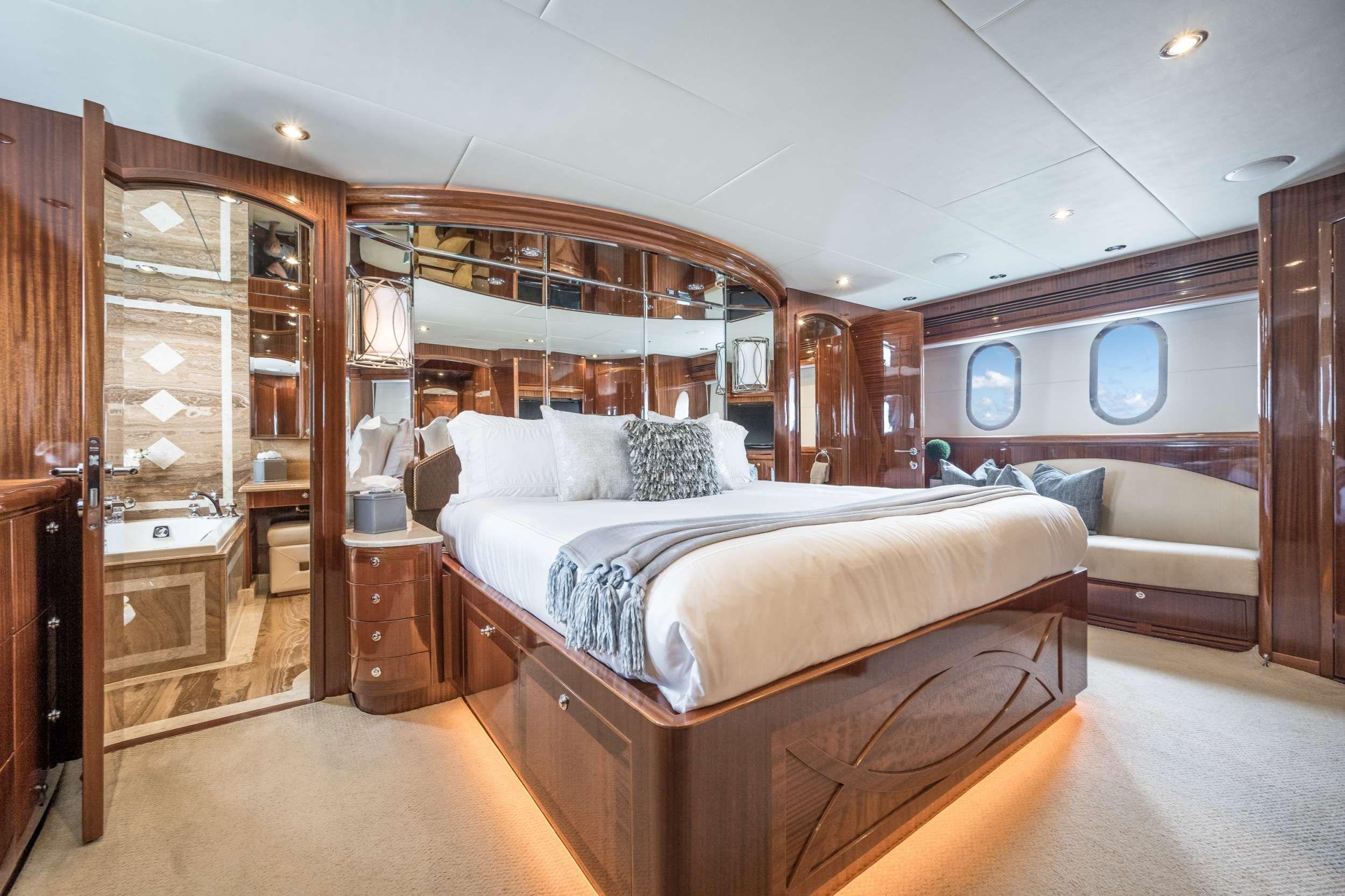 LIMITLESS Crewed Motor Yacht Master Cabin