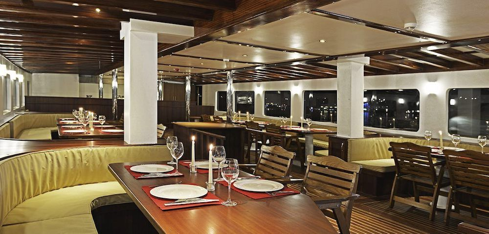 Gulet Love Boat Saloon