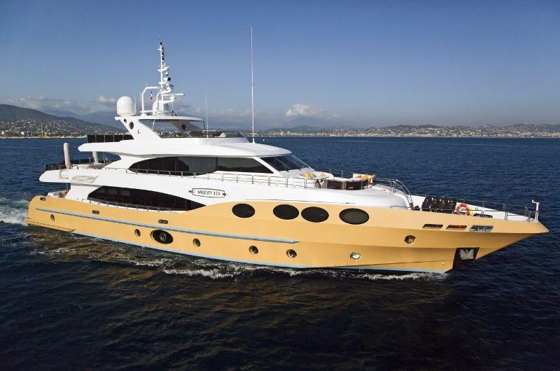 MARINA WONDER - Gulf Craft Majesty 125 - 5 Cabins - French Rivera - Monaco - Cannes - St Tropez