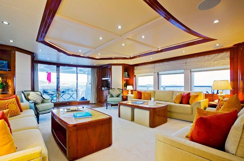 MARINA WONDER Gulf Craft Majesty 125