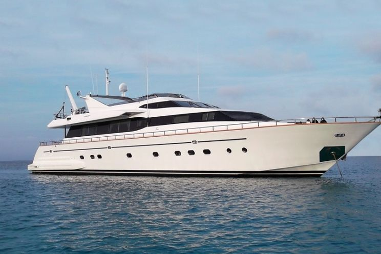 Charter Yacht MARTINA - Falcon 100 - 5 Cabins - Athens - Mykonos - Naxos - Paros - Greece