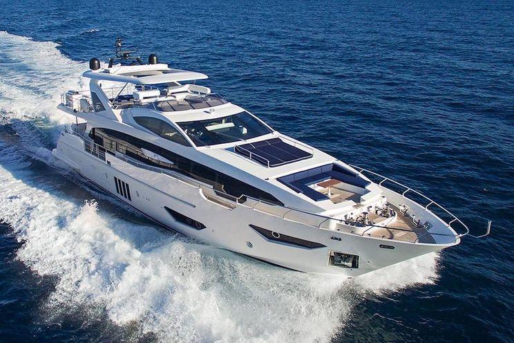 Charter Yacht MEMORIES TOO - Azimut Grande 30 Metri  - 5 Cabins - Athens - Mykonos - Zakynthos