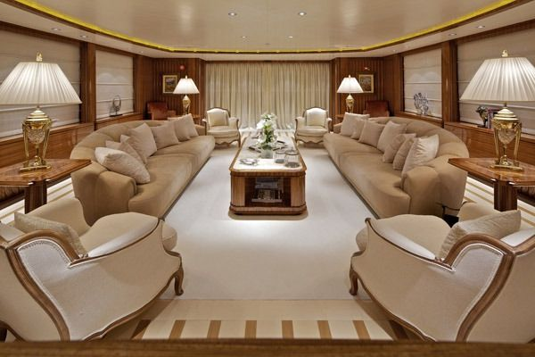 MIA RAMA Golden Yachts 176 Salon