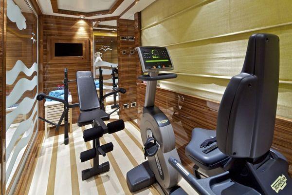 MIA RAMA Golden Yachts 176 Gym