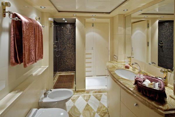 MIA RAMA Golden Yachts 176 En Suite