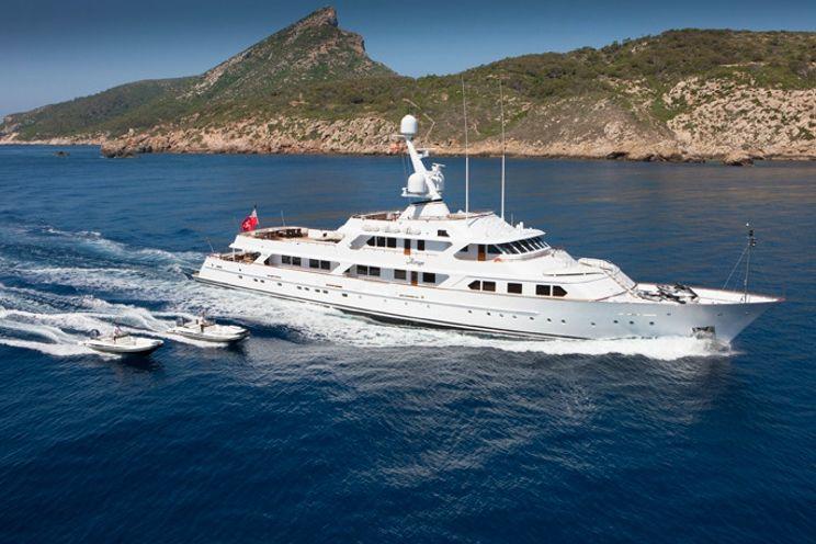 Charter Yacht MIRAGE - Feadship 53m - 7 Cabins - Cannes - Monaco - Naples - Caribbean - Bahamas