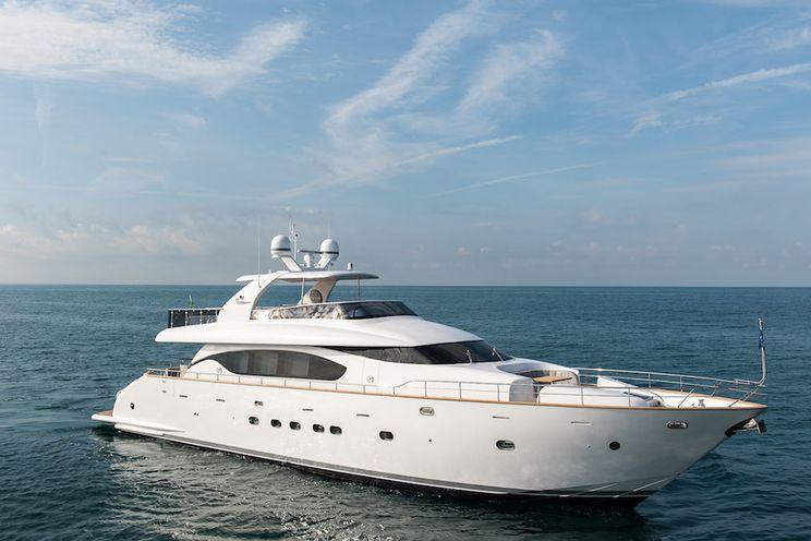 Charter Yacht MIREDO - Maiora 24S - 4 Cabins - Portofino - Porto Cervo - Sardinia