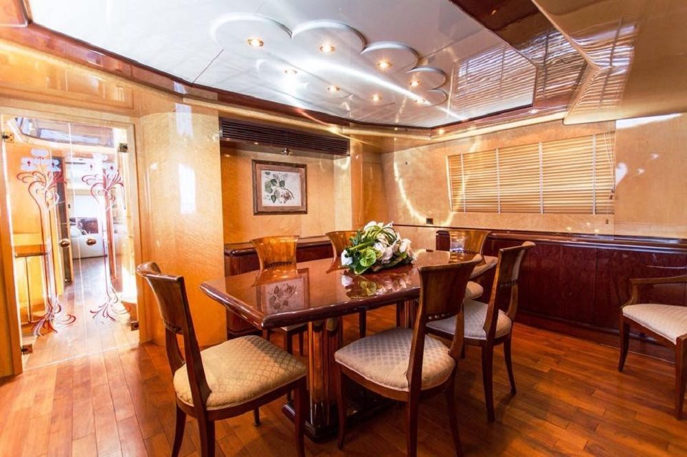 MISS CANDY - Crewed Motor Yacht - Dining
