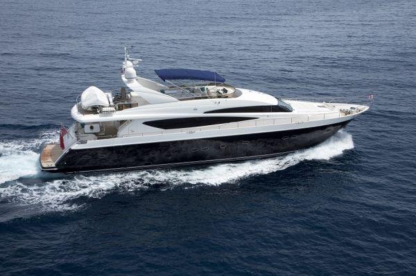 MOLLY MALONE Princess 95 Luxury Motoryacht Running