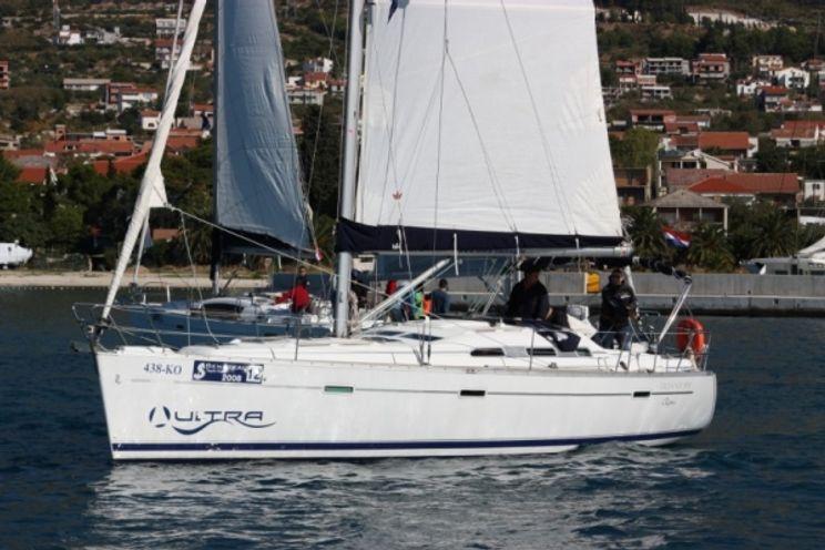 Charter Yacht Oceanis 393 - 3 Cabins - Split - Dubrovnik