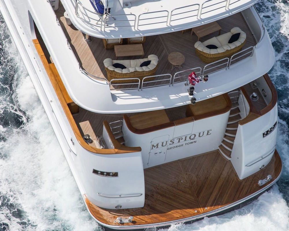 MUSTIQUE - Trinity Yachts 180