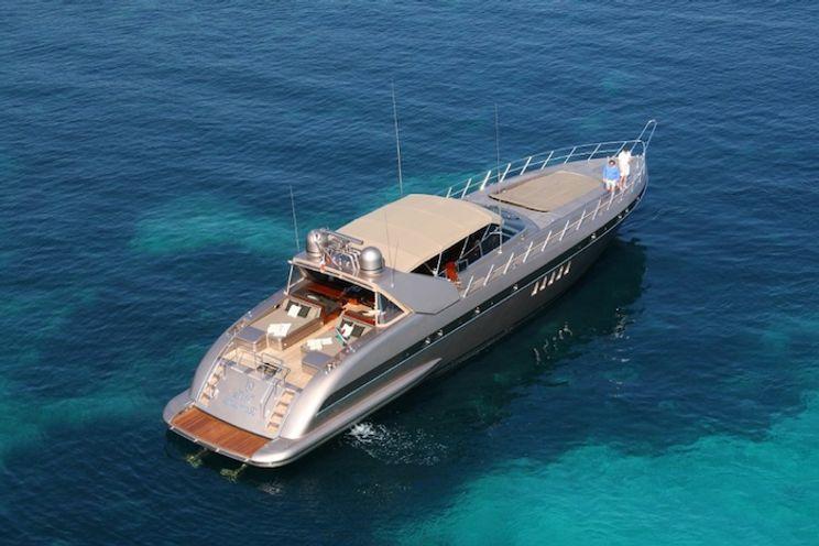 Charter Yacht Waï - Mangusta 80 - 3 Cabins - St Tropez - St Tropez - Cogolin - St Raphael