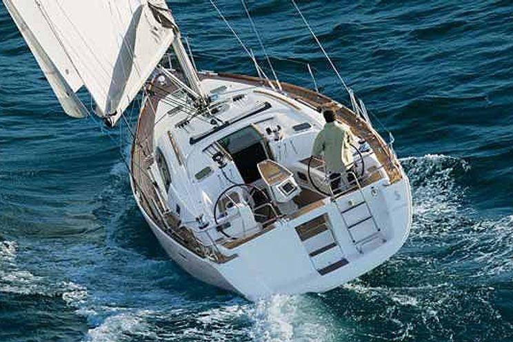 Charter Yacht Nar
