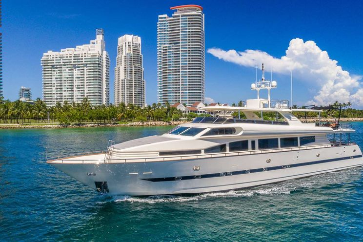 Charter Yacht NIRVANA - Horizon 110 - Miami Day Charter - Miami - South Beach - Florida