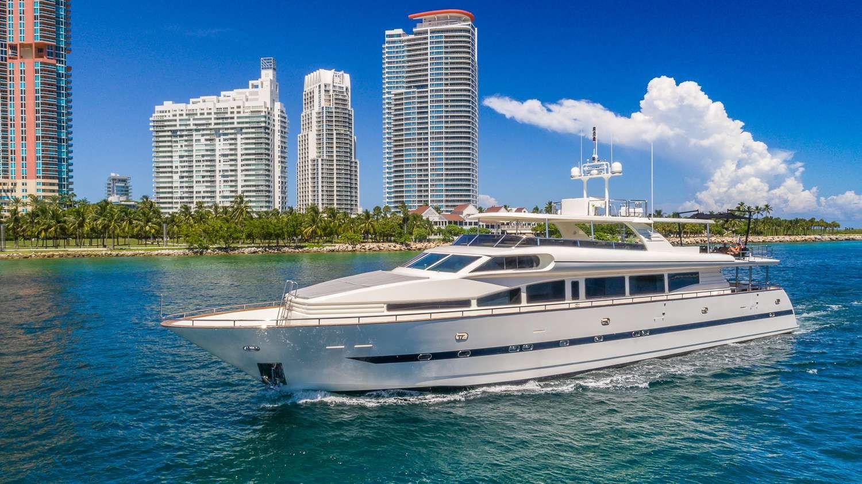 NIRVANA - Horizon 110 - Miami Day Charter - Miami - South Beach - Florida