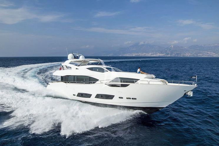 Charter Yacht NITSA - Sunseeker 95 Yacht - 5 Cabins - Nassau - Exumas - Bahamas