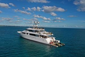 NO BAD IDEAS - Westport 130 - 5 Cabins - Nassau - Staniel Cay