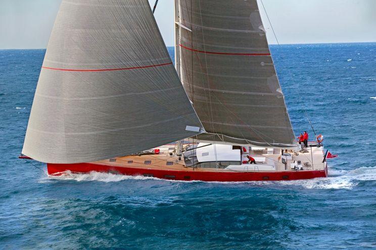 Charter Yacht NOMAD IV - 30m Maxi Dolphin - 5 Cabins - Cannes - St Tropez - St Barths - Antigua - Cuba