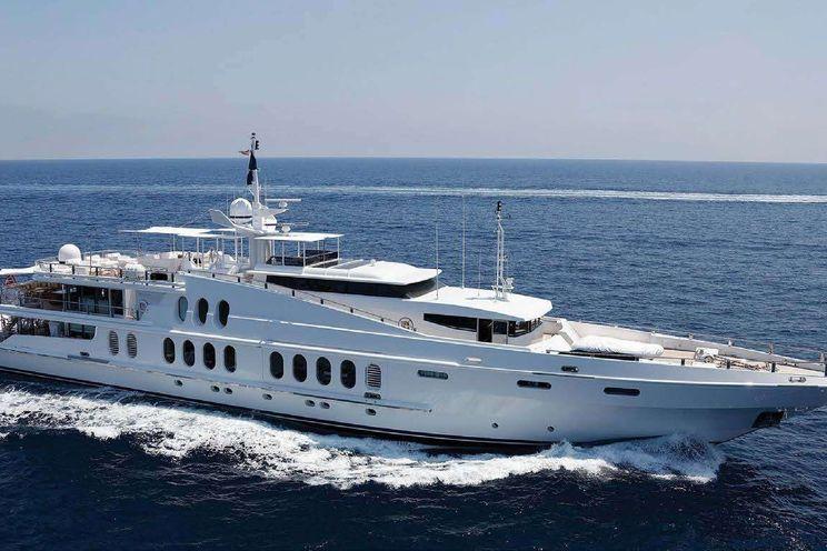 Charter Yacht OCEANA - Oceanfast 55m - 5 Cabins - Imperia - Monaco - Sicily - Corsica - Ibiza