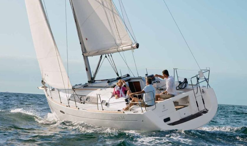 Oceanis 34 - 3 Cabins - Procida - Naples