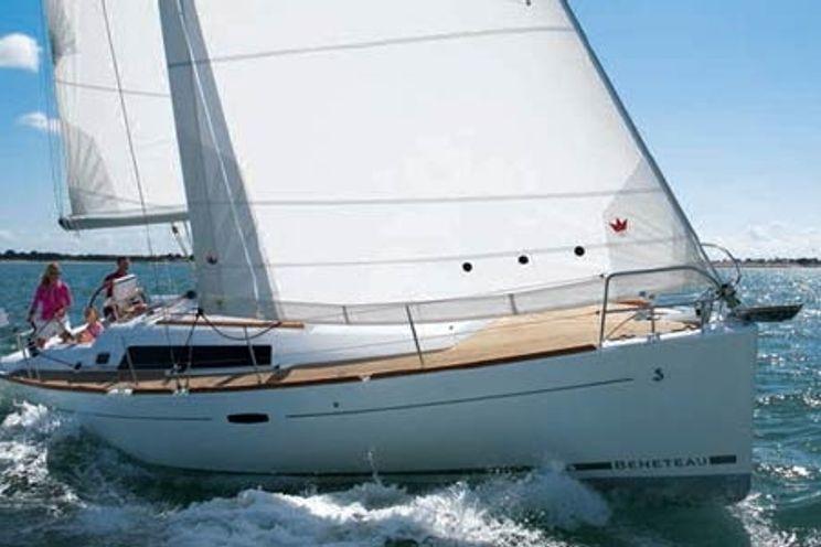Charter Yacht Oceanis 37 - 3 Cabins - Pomer - Kastela - Croatia