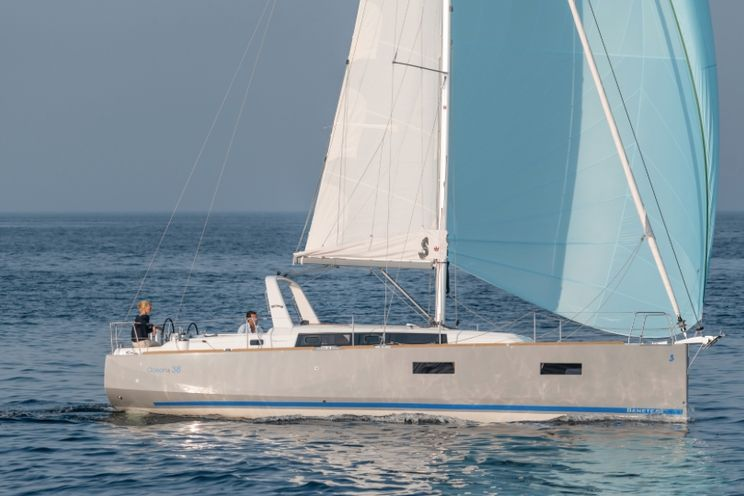 Charter Yacht Oceanis 38 - 3 Cabins - 2015 - Barcelona