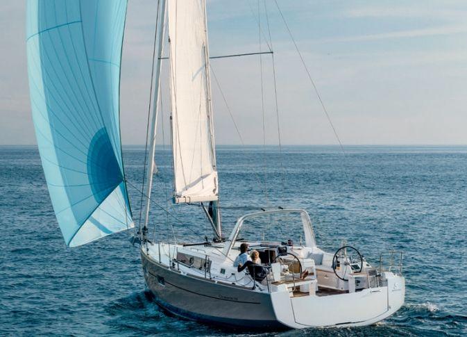 Oceanis 38 - 3 Cabins - Canngione - Sardinia