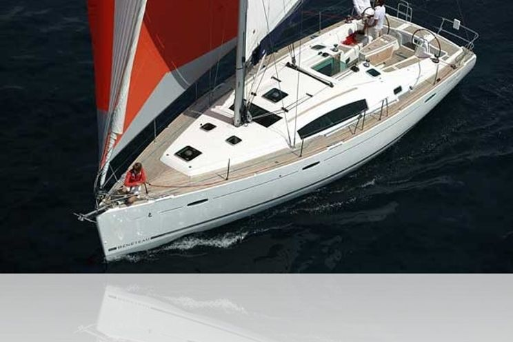 Charter Yacht Oceanis 43.4 - 4 Cabins  - Mallorca
