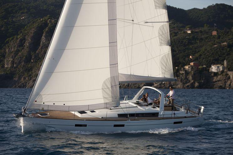 Charter Yacht Oceanis 45 - 3 Cabins Owner Version - Kastela - Croatia