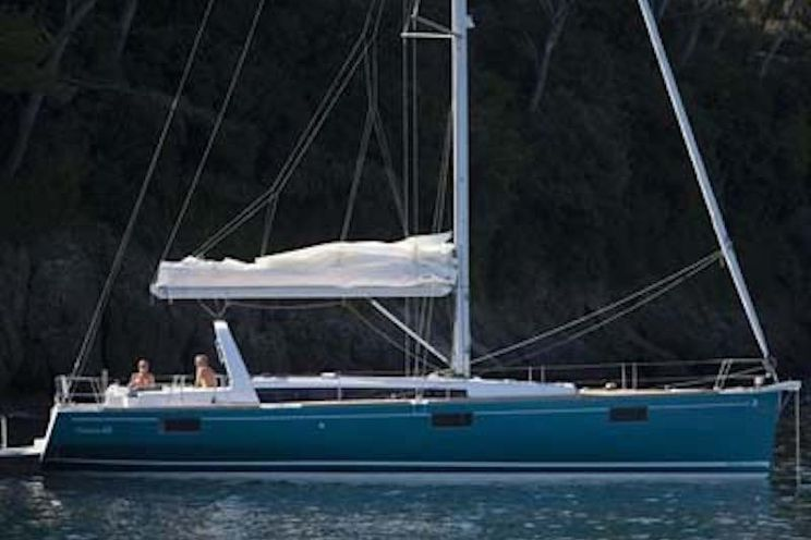 Charter Yacht Oceanis 48 - 2013 - 5 Cabins