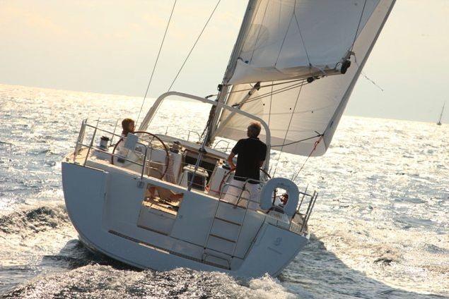 Oceanis 50 Family - 5 Cabins - Ajaccio - Marseille - Corsica