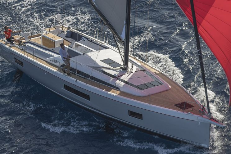 Charter Yacht Oceanis 51.1 - 5 + 1 cabins(5 double 1 single)- 2020 - Athens - Alimos