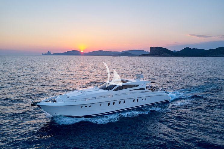Charter Yacht OCEANS 5 - Dalla Pieta 26m - 3 Cabins - Naples - Sardinia - Porto Cervo - Corsica