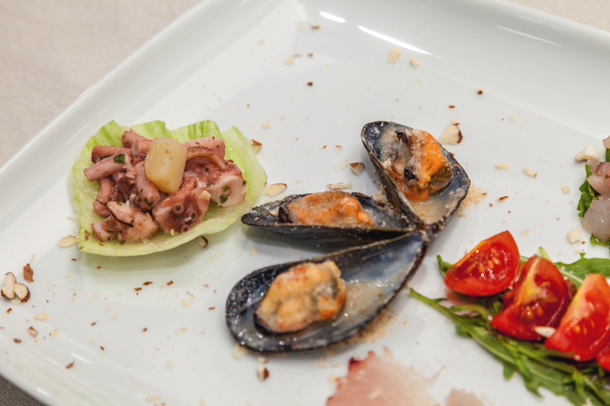 OCTAVIA Sunseeker Predator 83 Luxury Motoryacht Fine Cuisine