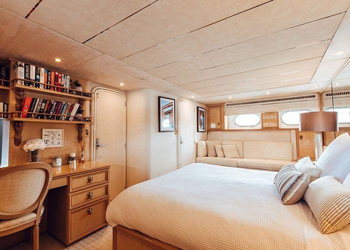 MY Oscar II - VIP Cabin