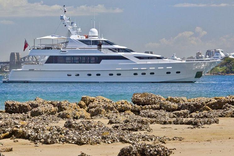 Charter Yacht OSCAR II - 4 cabins - Sydney and Whitsundays, Australia