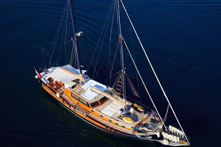 Charter Yacht PACHA - Turkish Shipyard Custom Gulet 28m - 4 Cabins - Sibenik - Split - Dubrovnik