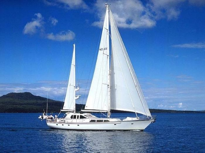 PACIFIC EAGLE - 3 Cabins - New Zealand