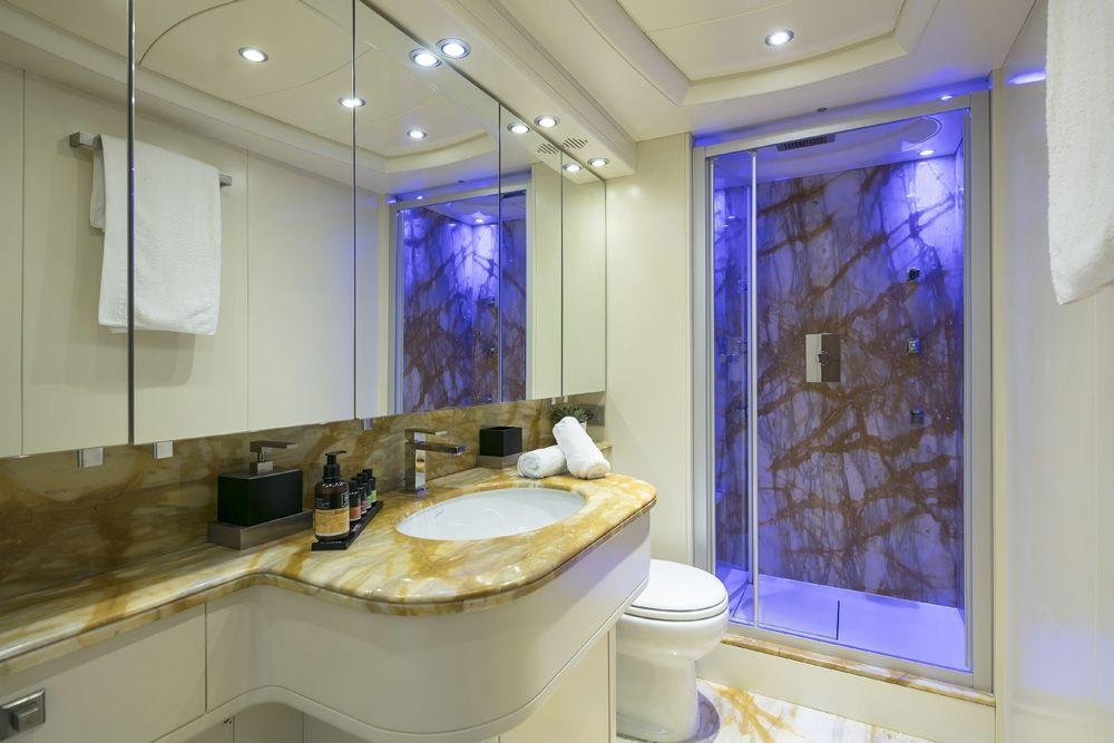 PARIS A - Bathroom 1