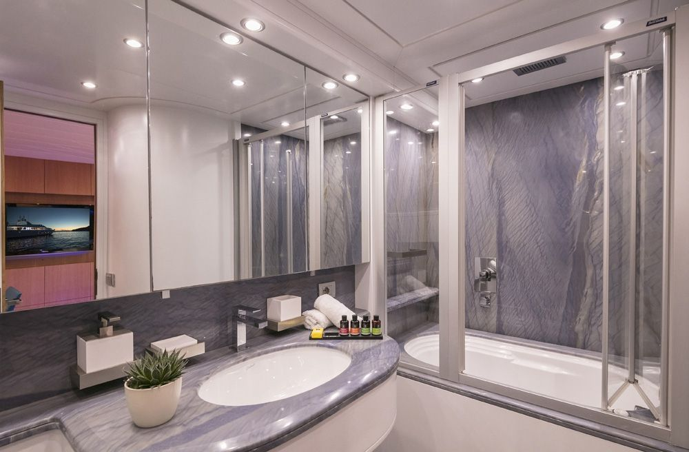 PARIS A - Bathroom 3