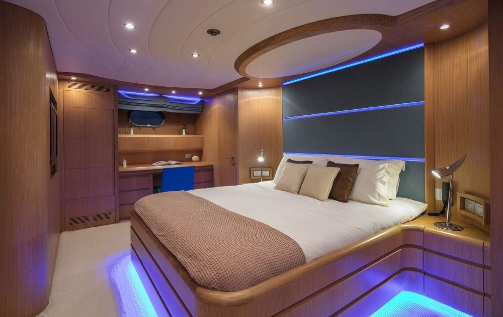 PARIS A - Double Cabin 2