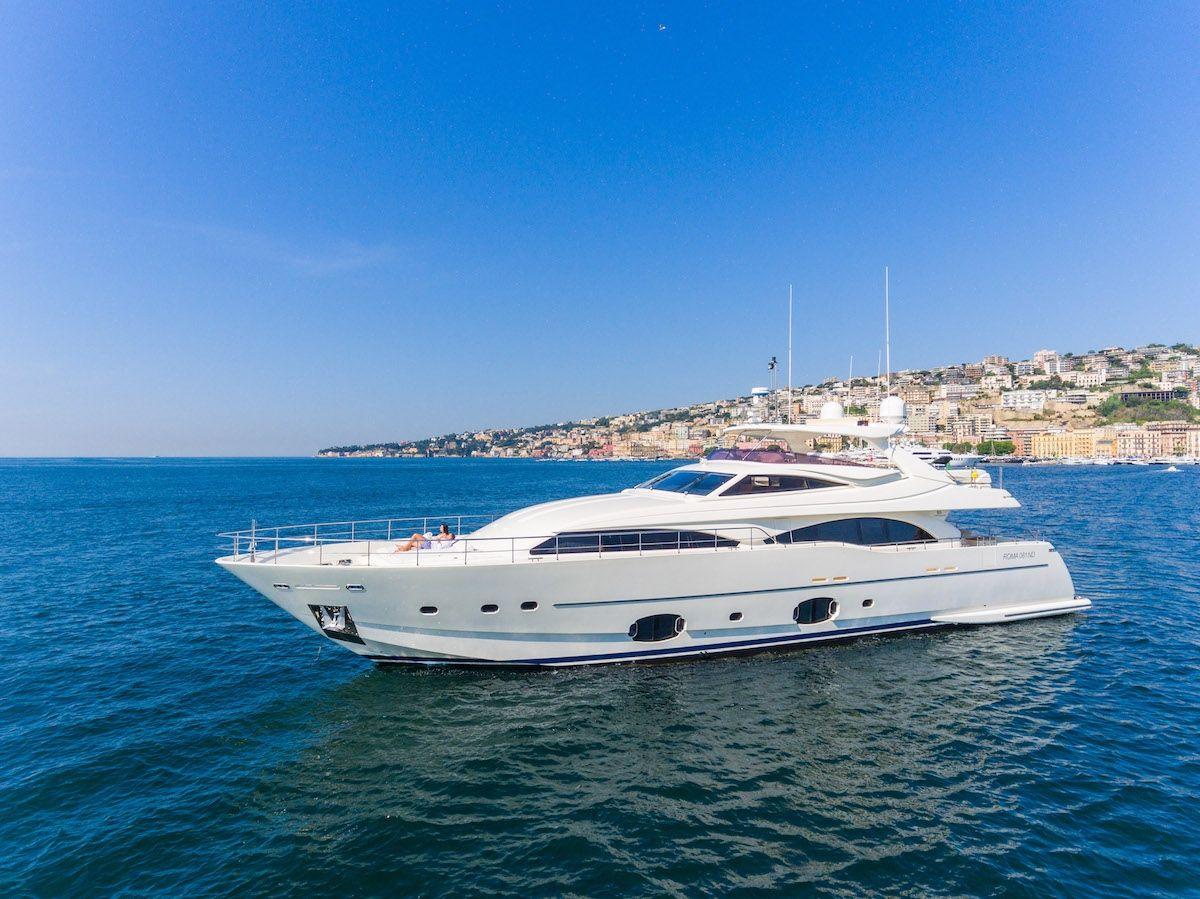 ETHNA - Ferretti 97 - 5 Cabins - Naples - Capri - Amalfi Coast - Milazzo