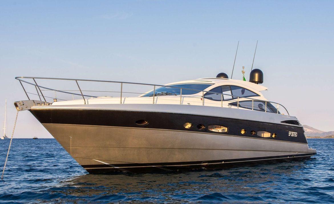 Pershing 56 - 10 guests cruising - Porto Cervo- Porto Rotondo - La Maddalena