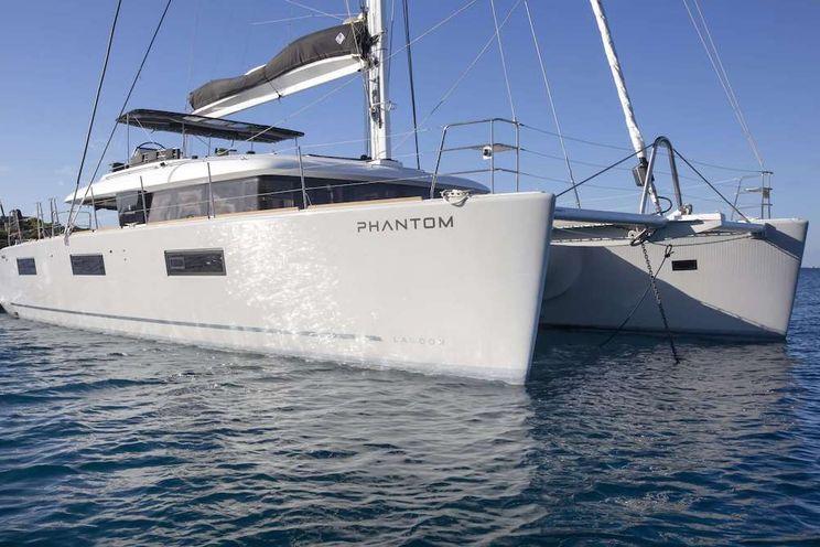 Charter Yacht PHANTOM - Lagoon 620 - 5 Cabins - Athens - Paros - Naxos