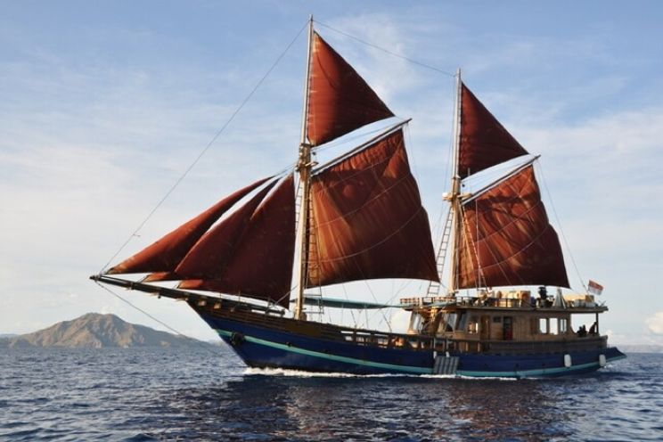 Charter Yacht Phinisi 34 TB - 5 Cabins - Bali,Komodo,Raja Ampat - East Indonesia